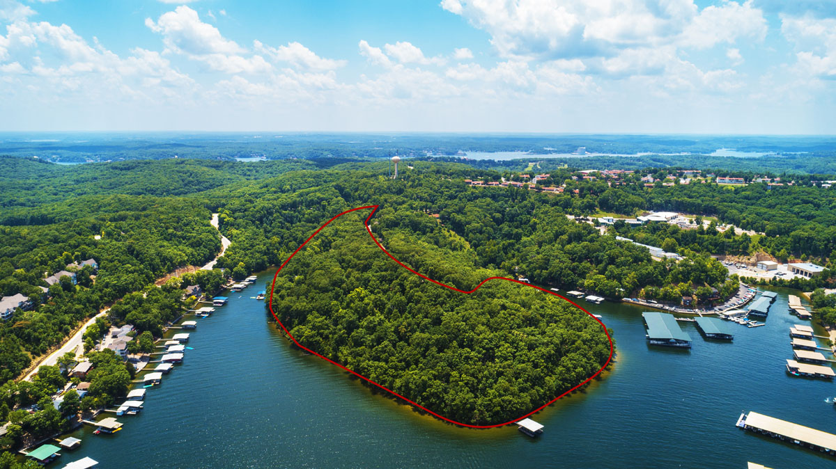 Lake Ozark, MO Estate