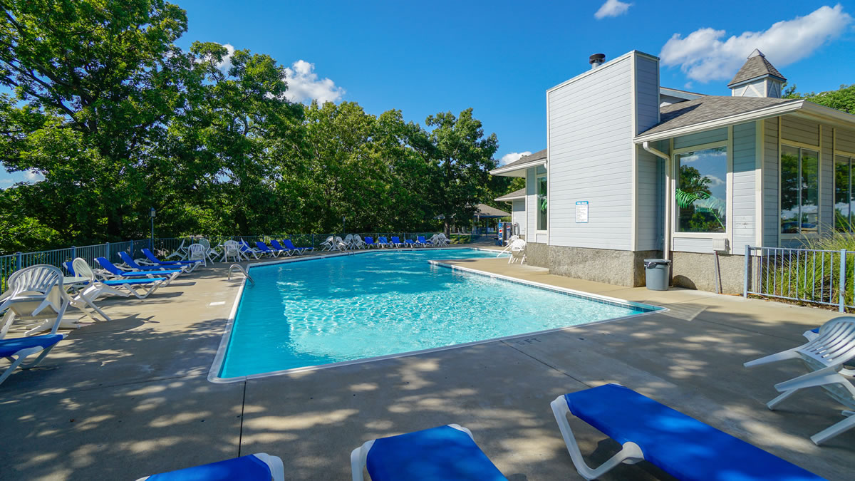 Lake Ozark, MO Condo Community Pool