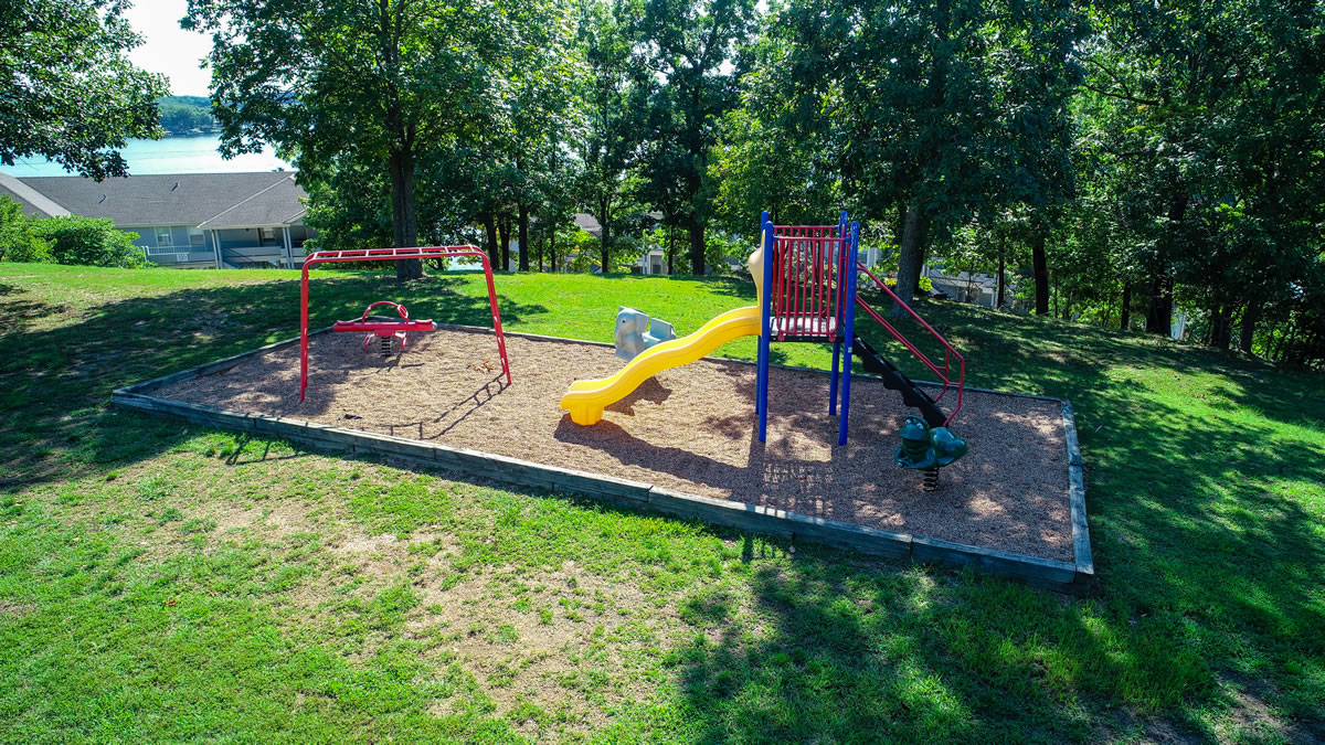 Lake Ozark, MO Condo Playground