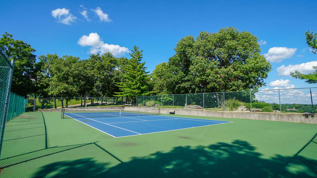 Lake Ozark, MO Tennis Court