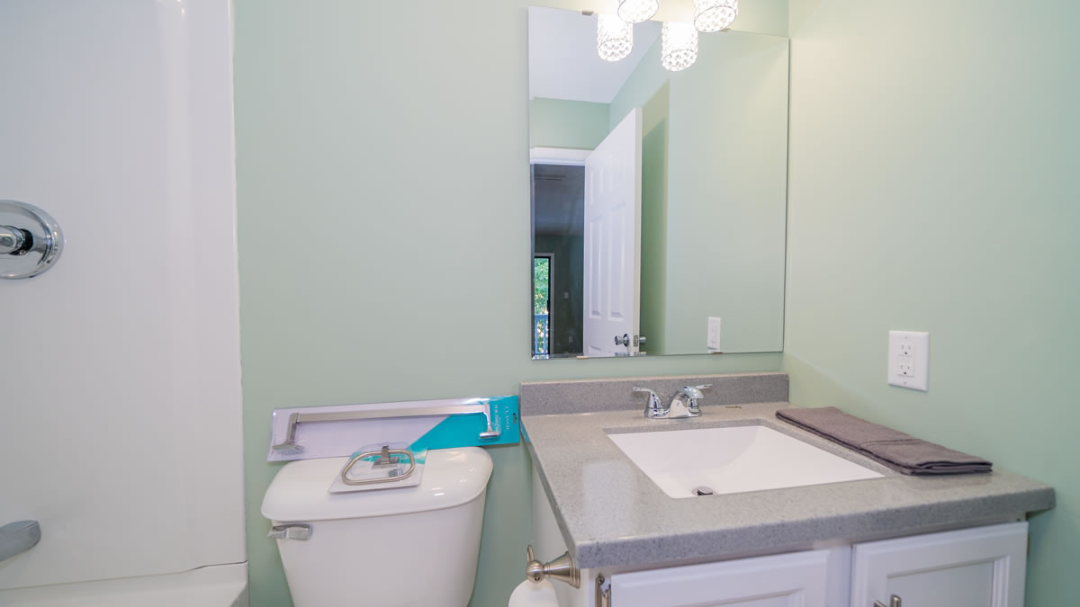 Climax Springs, MO Home updated bath